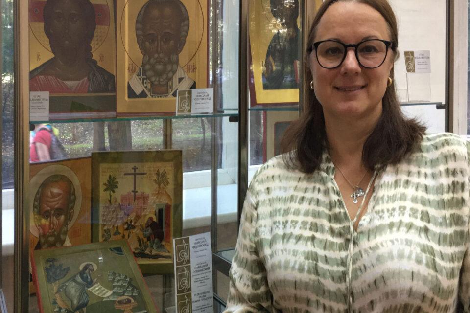 В библиотеке №136 им. Л.Н. Толстого прошла выставка работ учащихся Иконописной школы